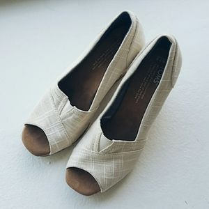 Toms Classic Slip on Wedge Sandals 7.5